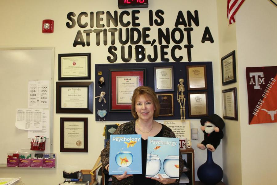 Westwood Horizon : Psychology Teacher Writes High School Textbook