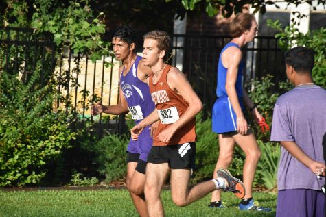 Cross Country Competes at Wildflower Country Club