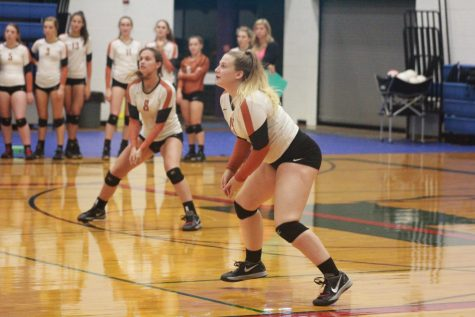 Volleyball Advances to Area with Bi-District Playoff Win