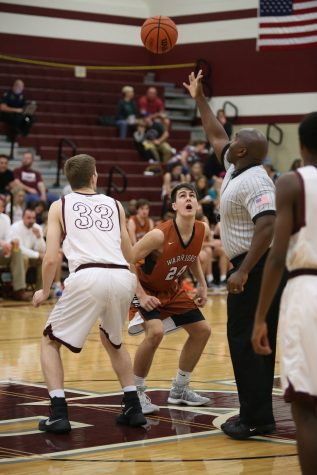 GALLERY: Varsity Boys' Basketball Falls to Round Rock 51-56