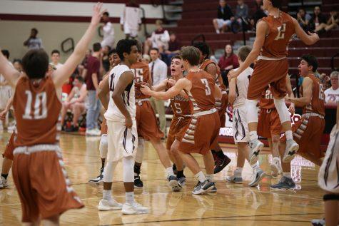 GALLERY: JV Boys' Basketball Slips Past Round Rock 48-46