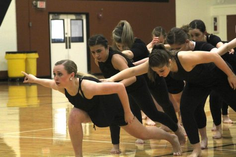 SunDancers Shine at Choreography Showcase