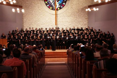 GALLERY: Choir Takes the Stage at Spring Concert