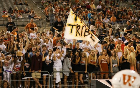 Warriors Defeat McNeil at Homecoming