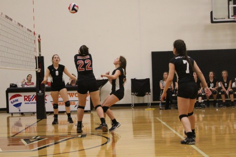 Rouse Raiders Defeat Freshman Volleyball 2-1
