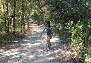 Fiona Lin '18 Hikes to Raise Money for Veterans