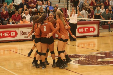 Varsity Volleyball Defeated by Round Rock