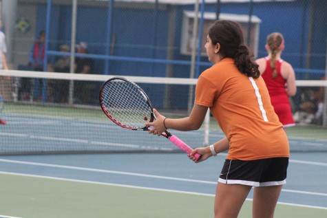 Freshman Tennis Team Starts Strong in Tournament Season
