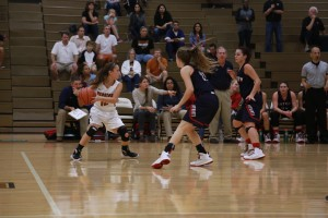 2015-11-10_Girl_Varsity_Basketball_vs_Eastview_Presley_Glotfelty016
