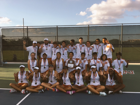 Varsity Tennis Dominates at Districts But Looks Beyond