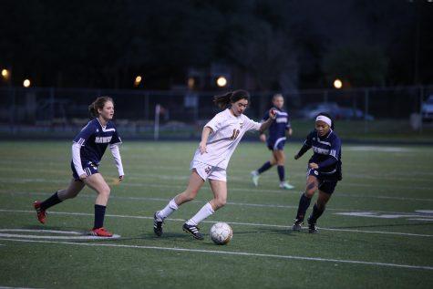 JV Girls' Soccer Falls to Hendrickson 1-2