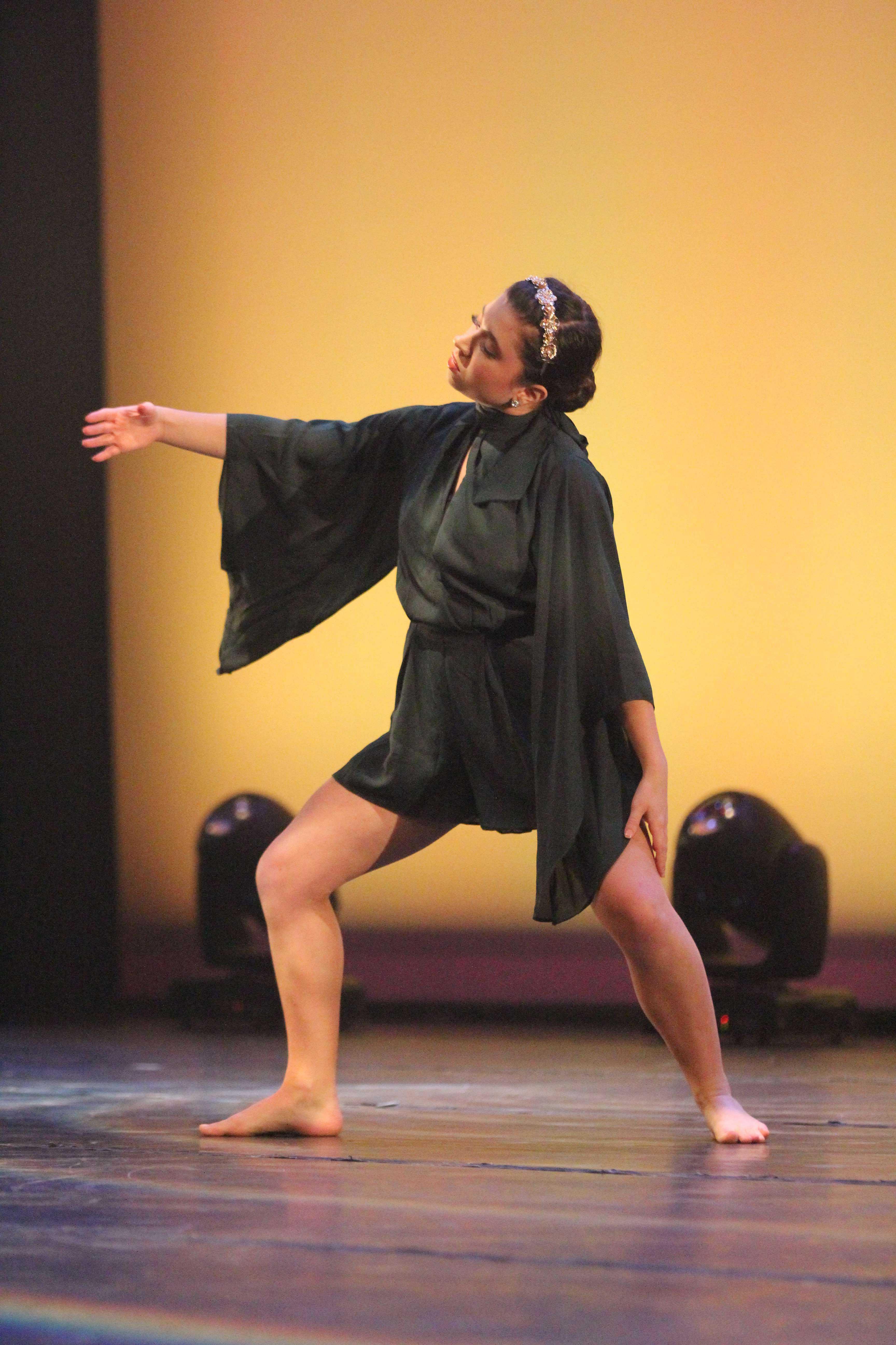 Faith+Kubala+%2717+dances+to+her+piece.