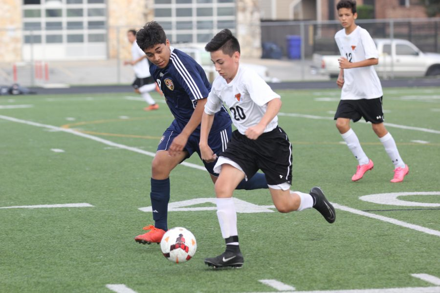 Sergio Saldana '20 advances the Warrior offense forward.