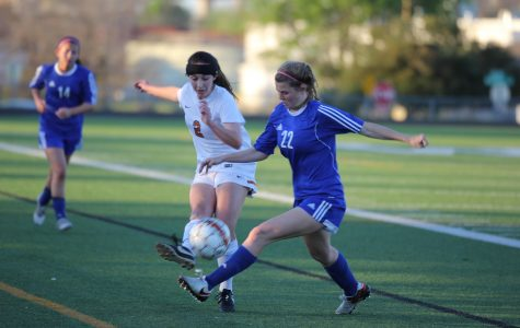 Varsity Girls' Soccer Draws Westlake in Pre-Playoff Game