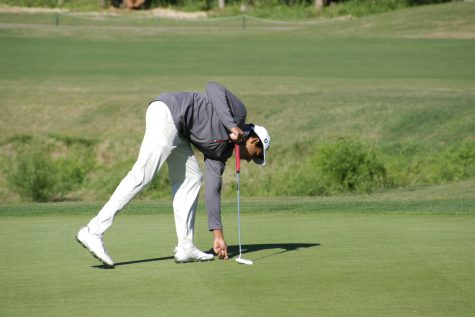 GALLERY: Boys' Golf Takes A Swing at Districts