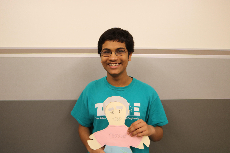 Rishob+Dasgupta+%2720+presents+his+doll.