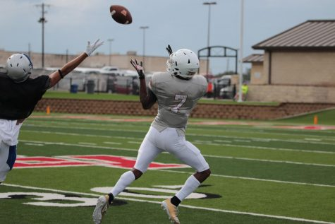 GALLERY: Warriors Prepare for Season with Scrimmage Against Georgetown