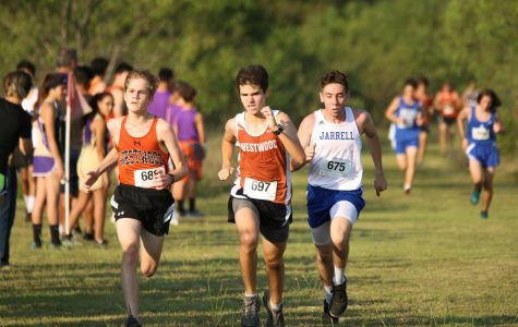 Men's Cross Country Sweeps Jarrell Meet
