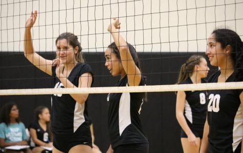 Freshman Volleyball Suffers 2-0 Defeat Against Round Rock