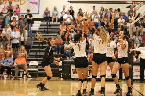 Varsity Volleyball Crushes Cedar Ridge