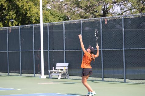 GALLERY: Varsity Tennis Battles Round Rock