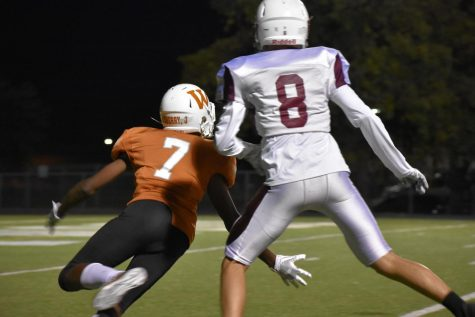 GALLERY: Freshman Orange Football Drops Against Dragons
