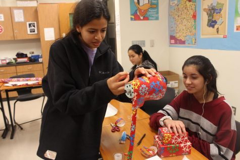 NFHS Holds Gift Wrapping Session for Spirit of Giving Holiday Project
