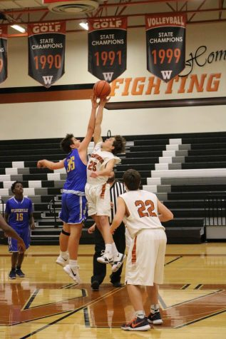 GALLERY: Freshman Orange Basketball Defeats Pflugerville Panthers