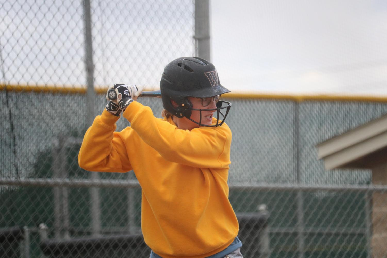 Softball+Hosts+Hit-A-Thon+Fundraiser