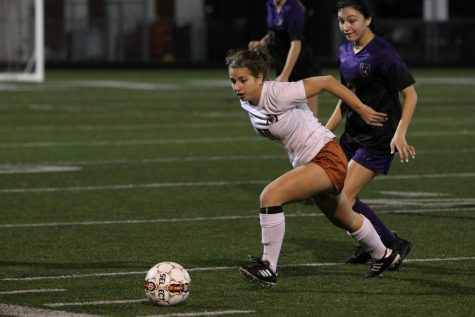 GALLERY: Varsity Girls' Soccer Trounces the Cedar Ridge Raiders 3-1