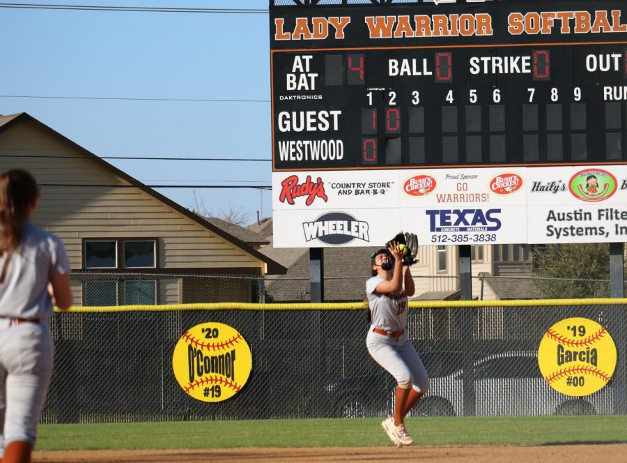 Sofia Figeroa '19 catches a pop-fly in left field.