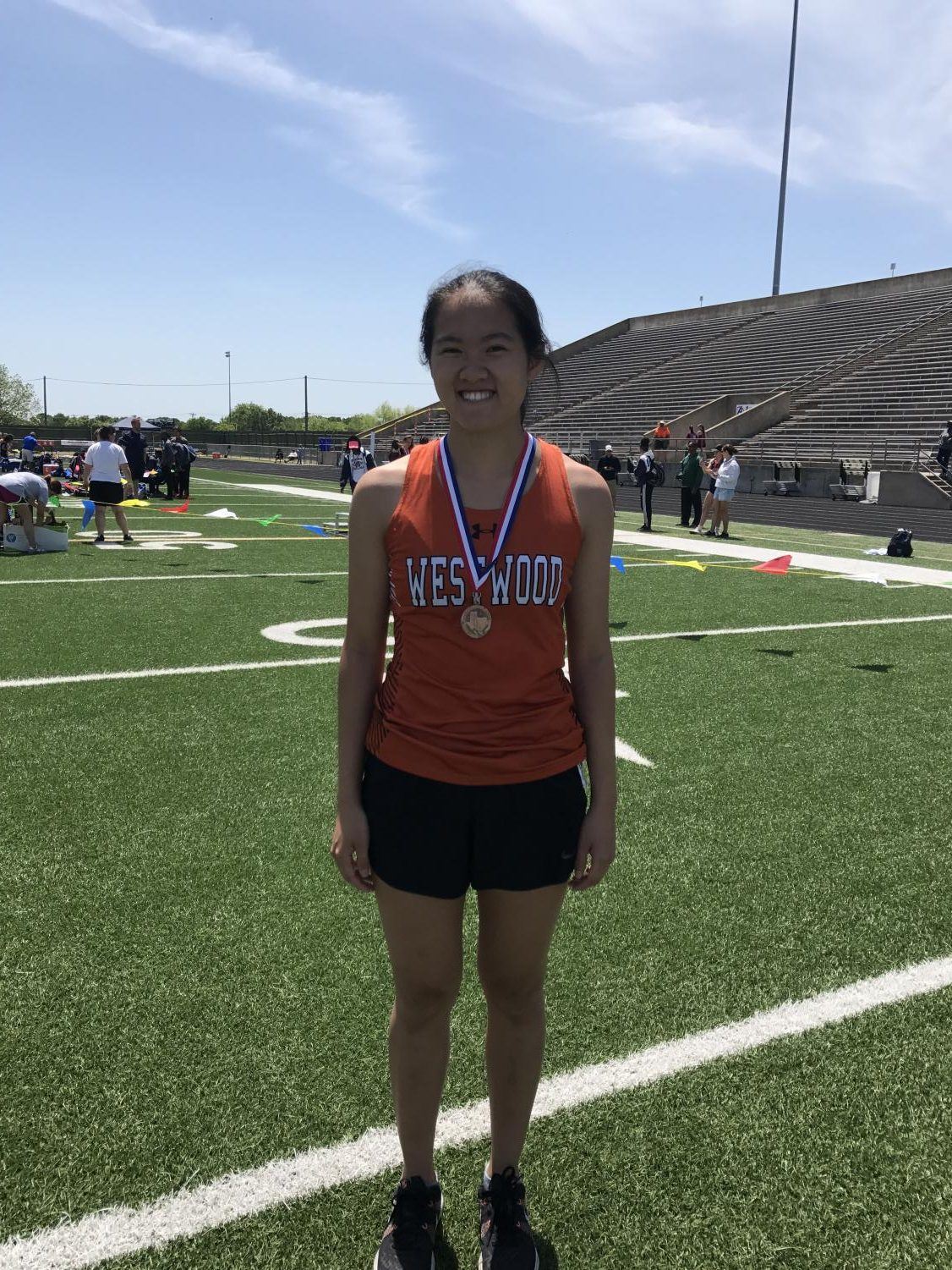 Track+and+Field+Qualifies+for+Regional+Meet