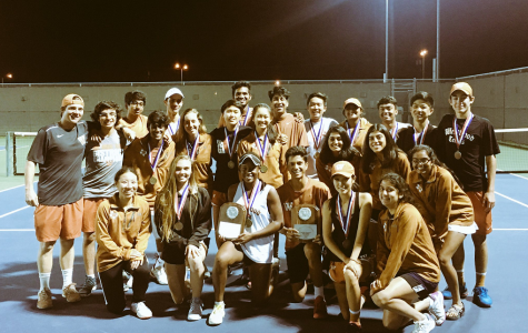 GALLERY: Varsity Tennis Sweeps District Titles