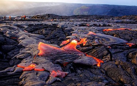 Kilauea Volcano Erupts, Displacing Hawaiians