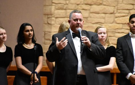 Choir Spring Concert Sends Off Seniors