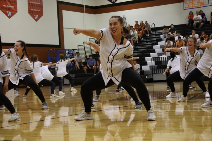 Deirdra Mantia 19 whips during her performance in Fish Bowl.