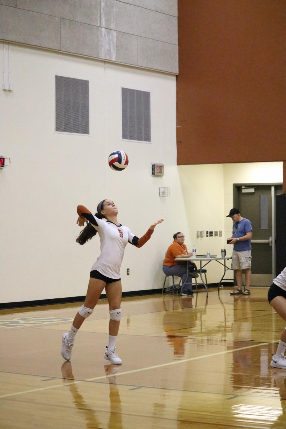 JV+White+Volleyball+Team+Defeats+Stony+Point+Tigers+2-1