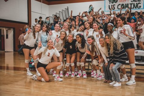 Varsity Volleyball Ends Senior Night On A High, Looks to Playoffs