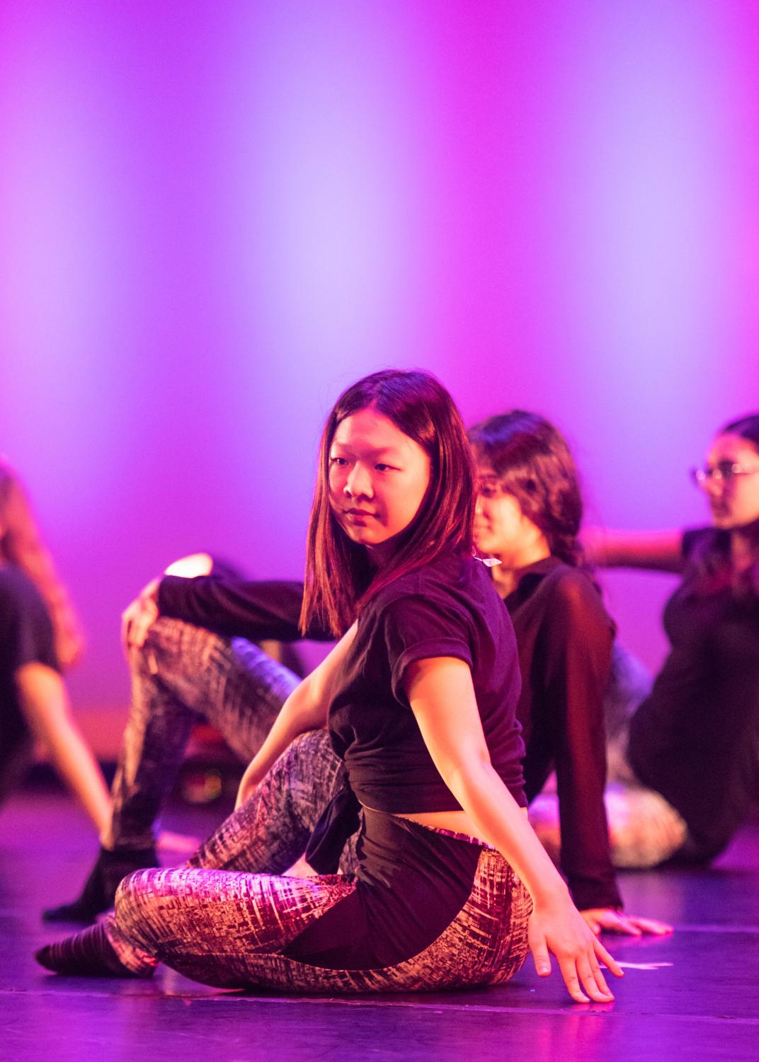 Round+Rock+ISD+Dance+Students+Perform+Together+at+Intersection