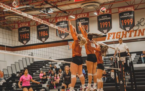 Varsity Volleyball Falls To Vandegrift 3-0 on Parent Night, Homecoming Game