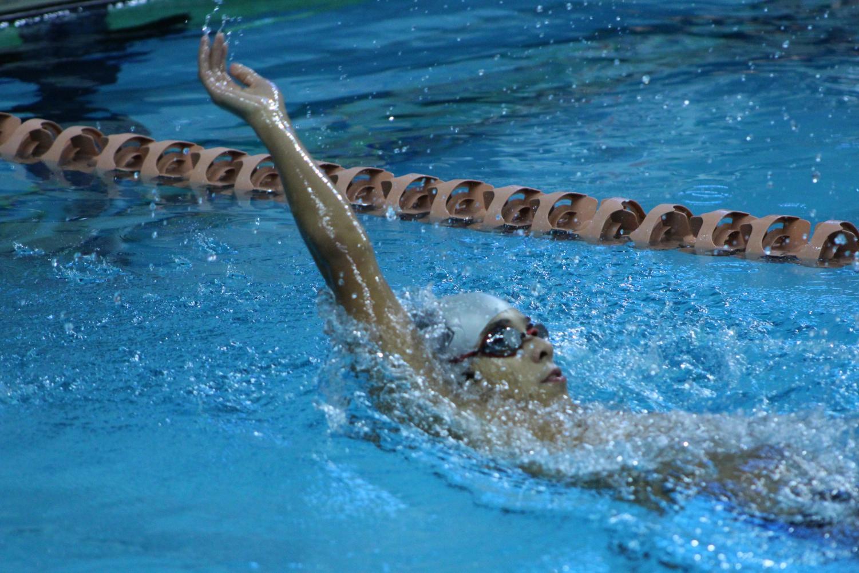 Carlos+Lenci+%2722+backstrokes+in+an+event.