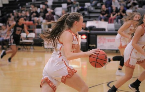 Varsity Girls' Basketball Conquers Hutto in 79-30 Blowout