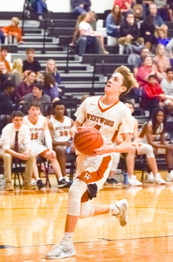 Varsity Boys' Basketball Puts On Defensive Clinic In 51-33 Win vs. Vista Ridge