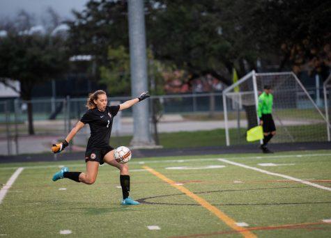 JV Girls' Soccer Draws Against Vista Ridge 0-0