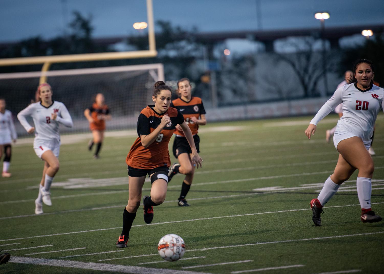 JV+Girls%27+Soccer+Draws+Against+Vista+Ridge+0-0