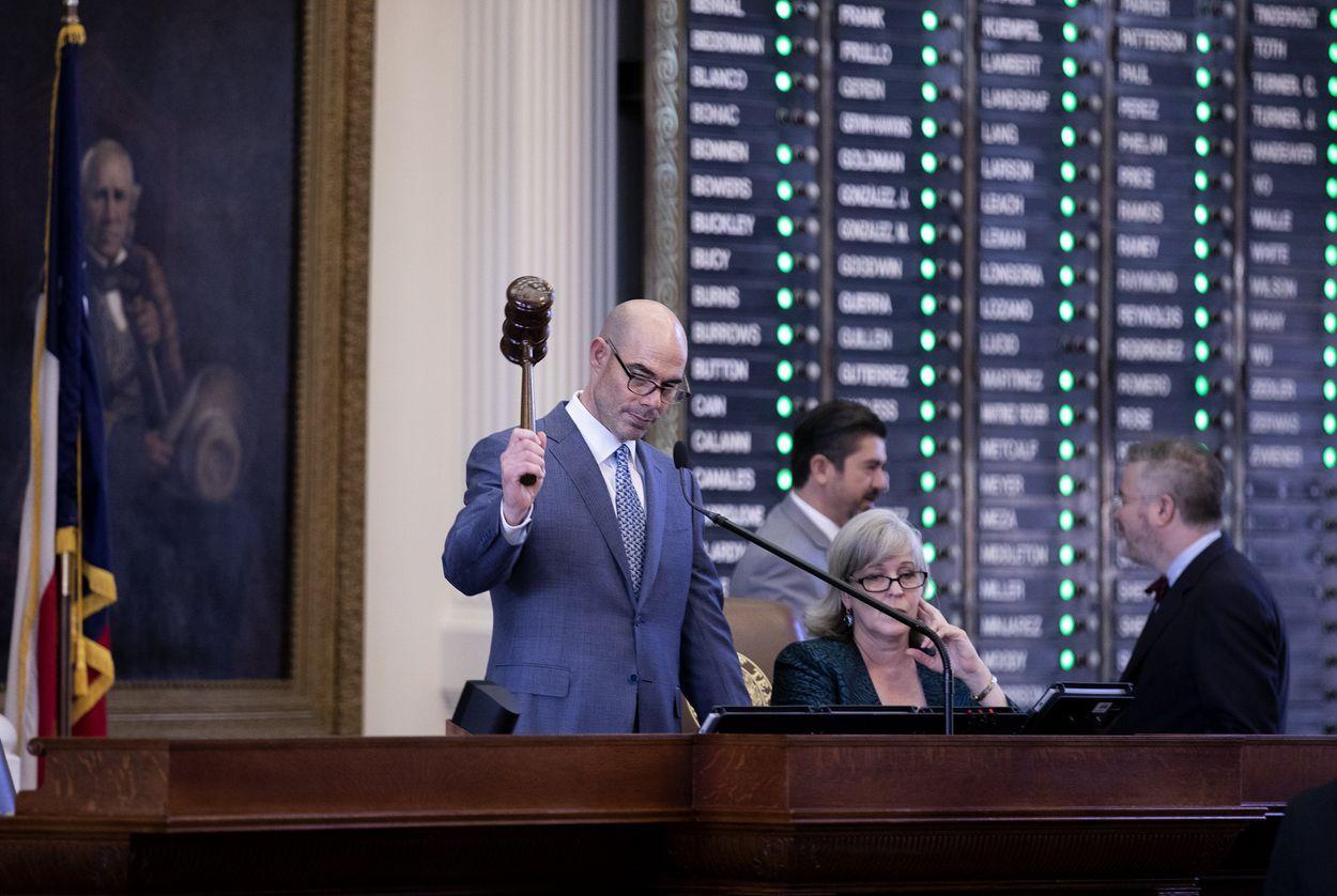 House Speaker Dennis Bonnen presiding over his first votes as speaker of the house. Jan. 9, 2019.