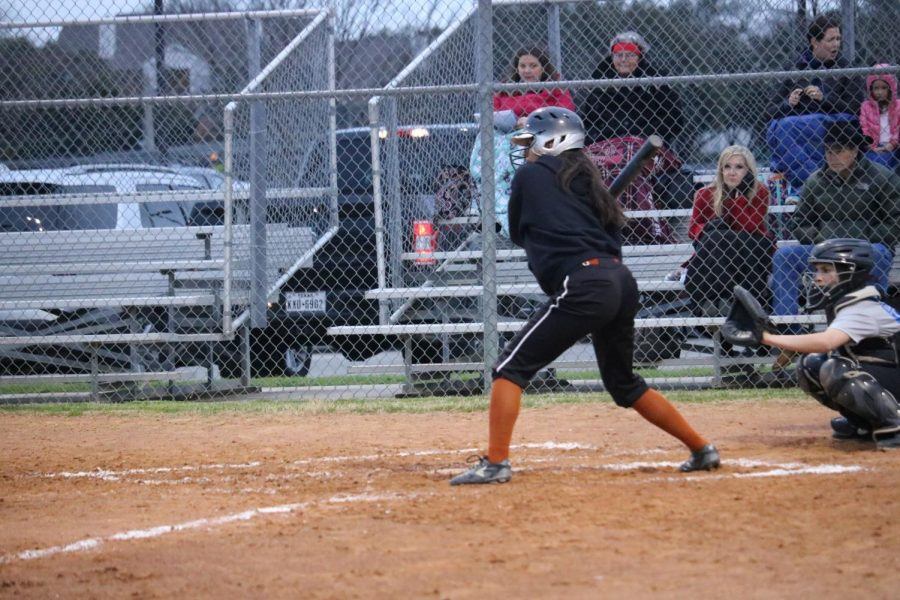 Clarissa Garcia '21 keeps her eye on the ball.
