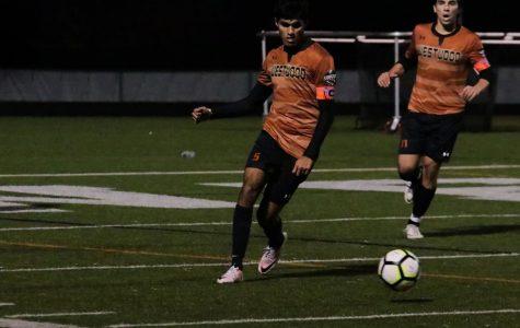 Varsity Boys' Soccer Falls to Hendrickson 2-0