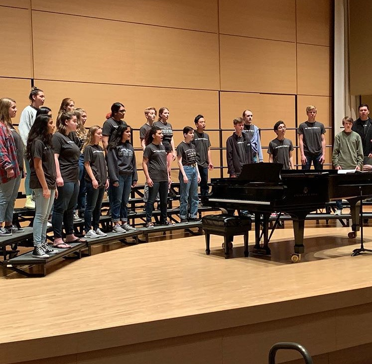 Chamber Choir sings during the clinic at Texas State University.