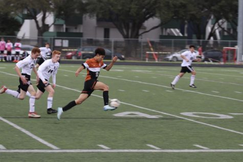 JV White Boys' Soccer Falls in Heartbreaking Loss to Round Rock